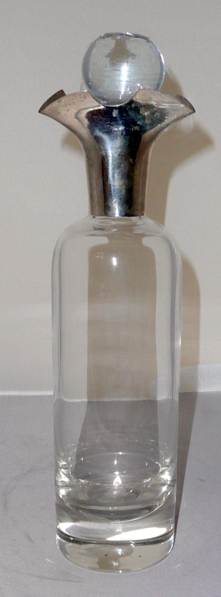 Ezüst nyakú likőrös üveg